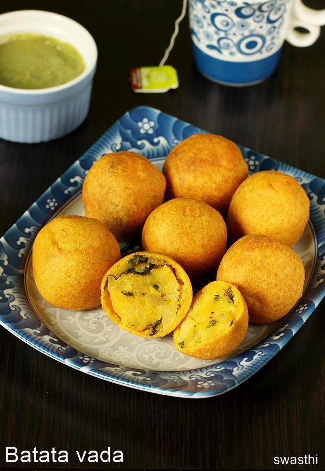 Batata vada recipe   Maharashtrian batata vada recipe ... Samosa With Green Chutney