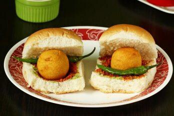 Vada pav recipe | How to make vada pav | Indian street food recipes